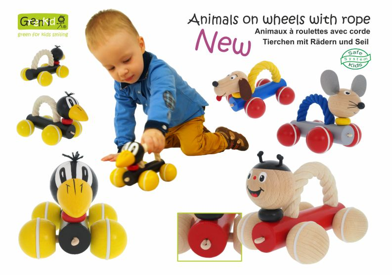 Zieh- und Schiebspielzeuge Greenkid. Holztierchen mit Seil auf Rädern - den Kindern für Freude von dem tschechischen Produzenten der Holzspielzeuge Abafactory.