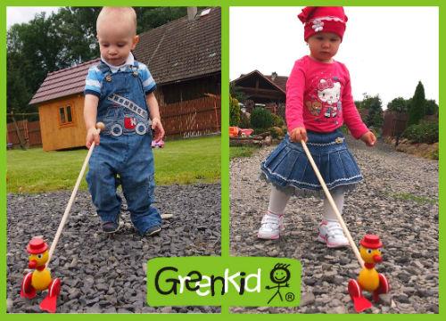 Holzspielzeug Greenkid plapperndes Schiebetier für Jungs und Mädchen. Holzenterich von dem tschechischen Produzenten der Holzspielzeuge Abafactory.